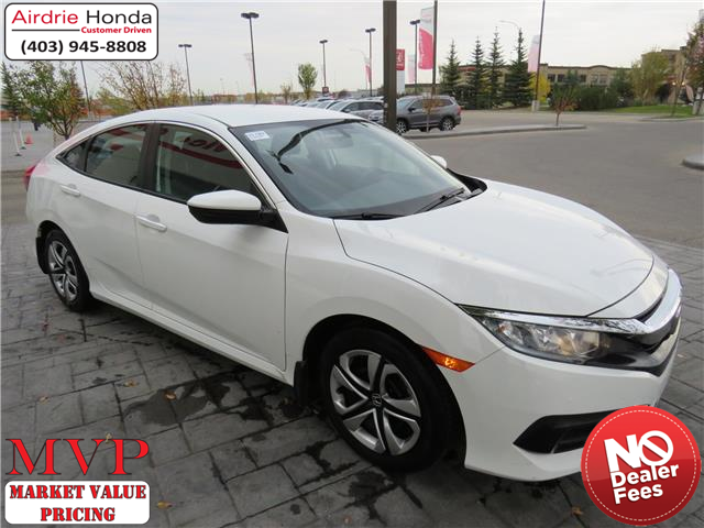 2018 Honda Civic LX (Stk: U1709) in Airdrie - Image 1 of 28