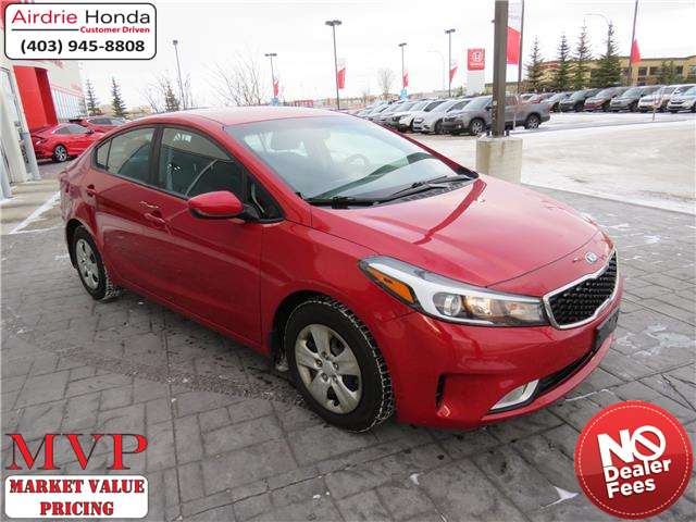 2017 Kia Forte LX (Stk: 200292A) in Airdrie - Image 1 of 32