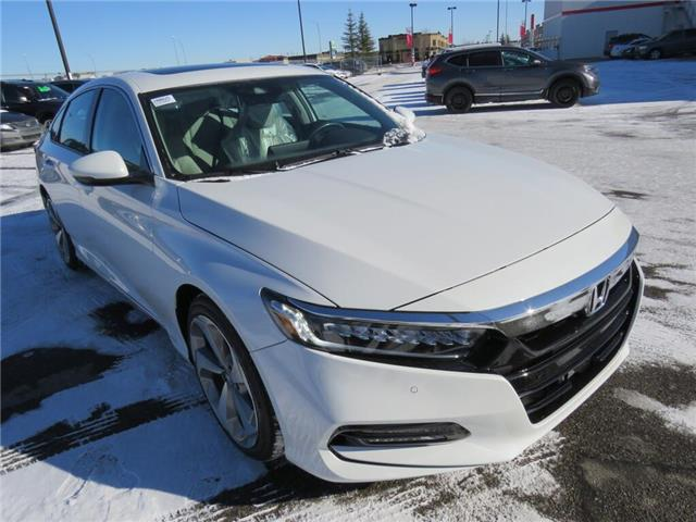 2020 Honda Accord Touring 2.0T (Stk: 200025) in Airdrie - Image 1 of 8