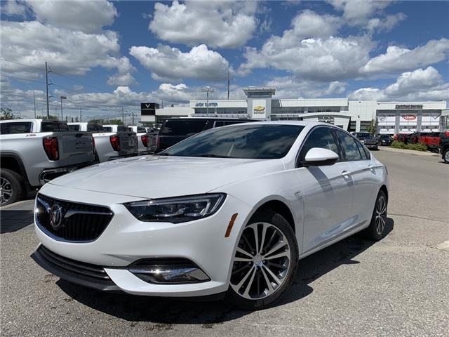 2019 Buick Regal Sportback Essence (Stk: K1017785) in Calgary - Image 1 of 21