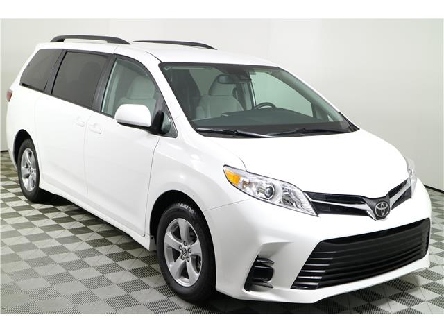 2020 Toyota Sienna LE 8-Passenger (Stk: 201418) in Markham - Image 1 of 24