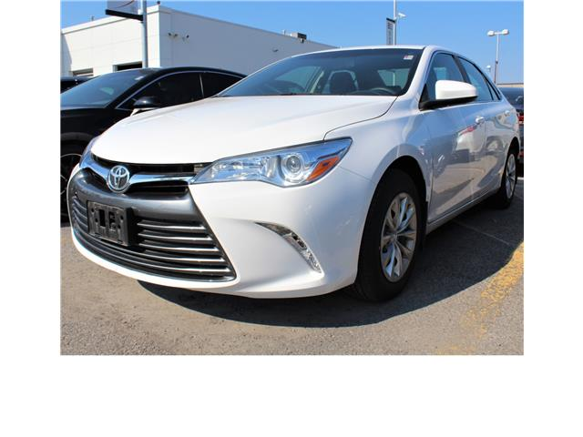 2017 Toyota Camry LE (Stk: 301410S) in Markham - Image 1 of 1