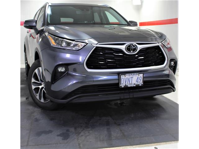 2020 Toyota Highlander XLE (Stk: 201196) in Markham - Image 1 of 25