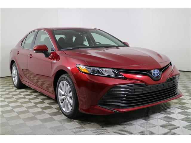 2020 Toyota Camry Hybrid LE (Stk: 201743) in Markham - Image 1 of 25
