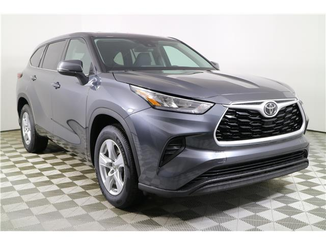 2020 Toyota Highlander LE (Stk: 202545) in Markham - Image 1 of 27