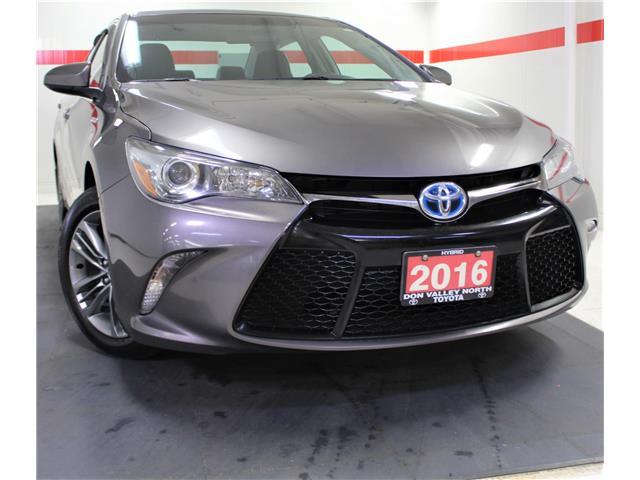 2016 Toyota Camry Hybrid SE (Stk: 301927S) in Markham - Image 1 of 27