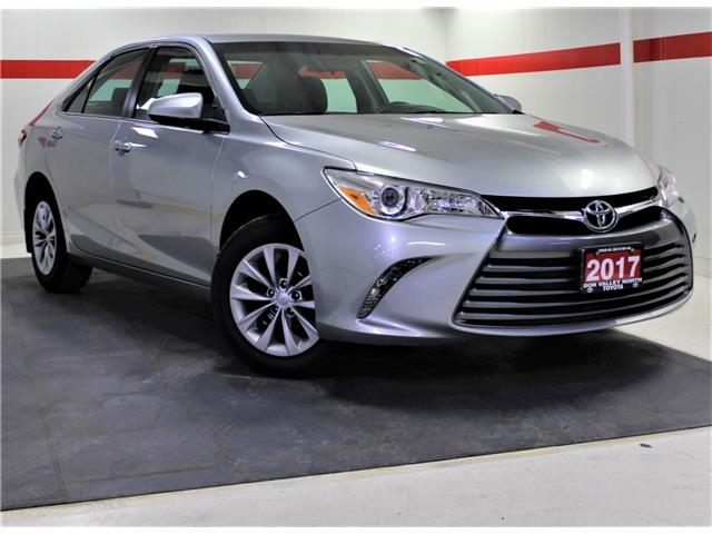 2017 Toyota Camry LE (Stk: 302684S) in Markham - Image 1 of 22
