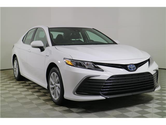 2021 Toyota Camry Hybrid LE (Stk: 203600) in Markham - Image 1 of 24