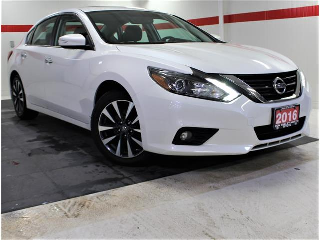 2016 Nissan Altima 2.5 SL Tech (Stk: 302818S) in Markham - Image 1 of 26