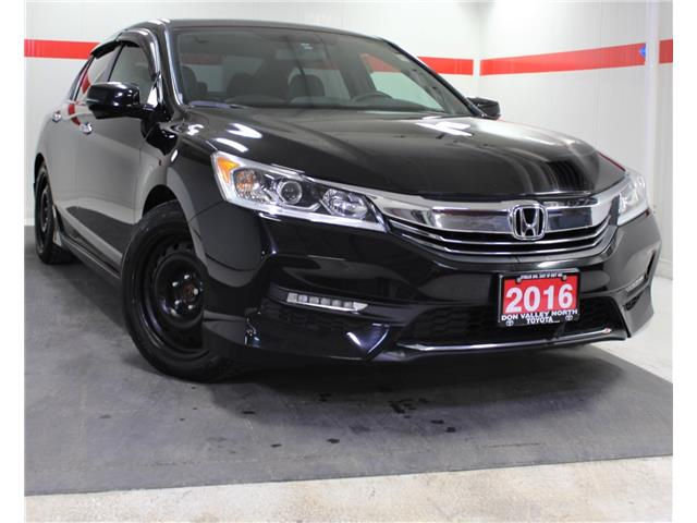2016 Honda Accord Sport (Stk: 303376S) in Markham - Image 1 of 23