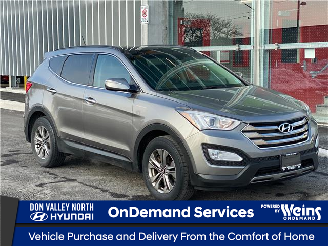 2016 Hyundai Santa Fe Sport 2.4 Luxury (Stk: 8975H) in Markham - Image 1 of 17