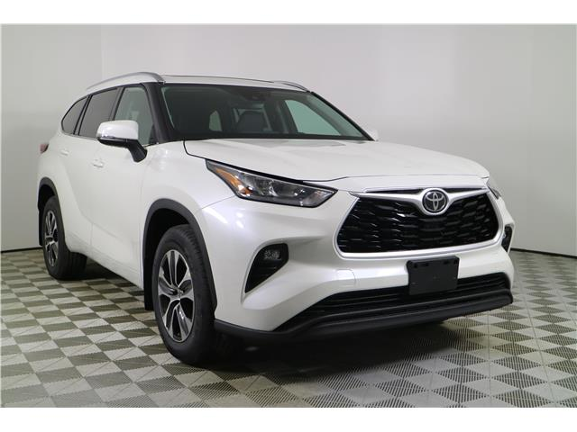 2020 Toyota Highlander XLE (Stk: 102629) in Markham - Image 1 of 27