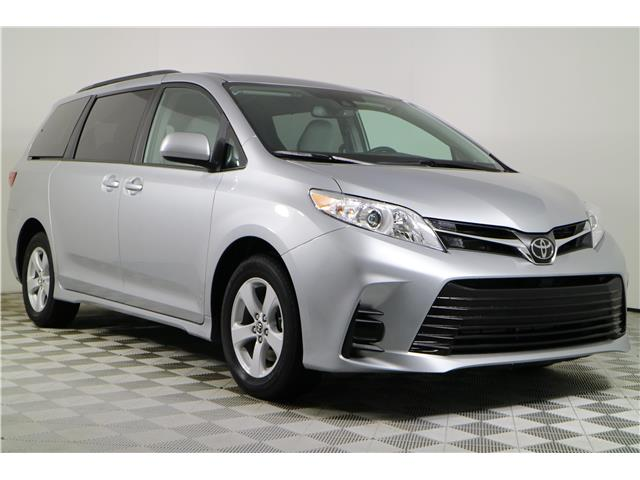 2020 Toyota Sienna LE 8-Passenger (Stk: 102719) in Markham - Image 1 of 24