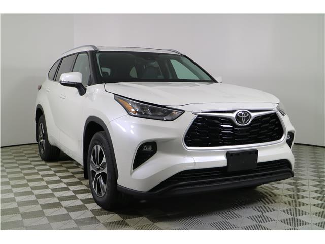 2020 Toyota Highlander XLE (Stk: 102789) in Markham - Image 1 of 27
