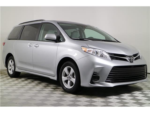 2020 Toyota Sienna LE 8-Passenger (Stk: 103215) in Markham - Image 1 of 24