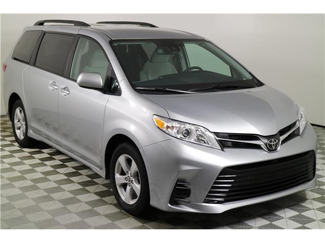 2020 Toyota Sienna LE 8-Passenger (Stk: 103218) in Markham - Image 1 of 24