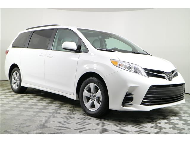 2020 Toyota Sienna LE 8-Passenger (Stk: 103233) in Markham - Image 1 of 24