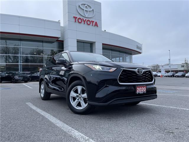 2020 Toyota Highlander LE (Stk: 38435U) in Markham - Image 1 of 30