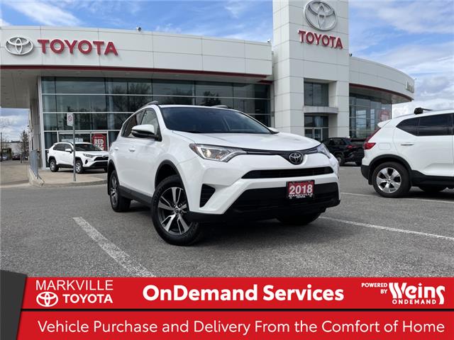 2018 Toyota RAV4 LE (Stk: 38524U) in Markham - Image 1 of 26