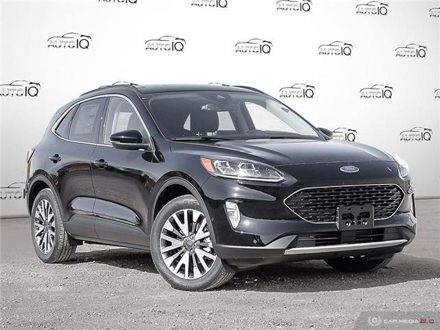 2020 Ford Escape Titanium (Stk: U0015) in Barrie - Image 1 of 27