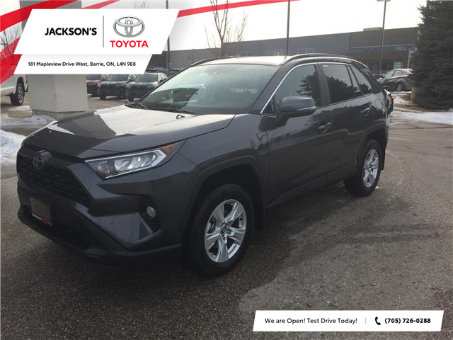2020 Toyota RAV4 XLE (Stk: 6734) in Barrie - Image 1 of 15