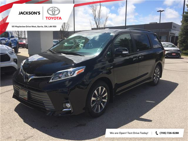2020 Toyota Sienna XLE 7-Passenger (Stk: 07000A) in Barrie - Image 1 of 14