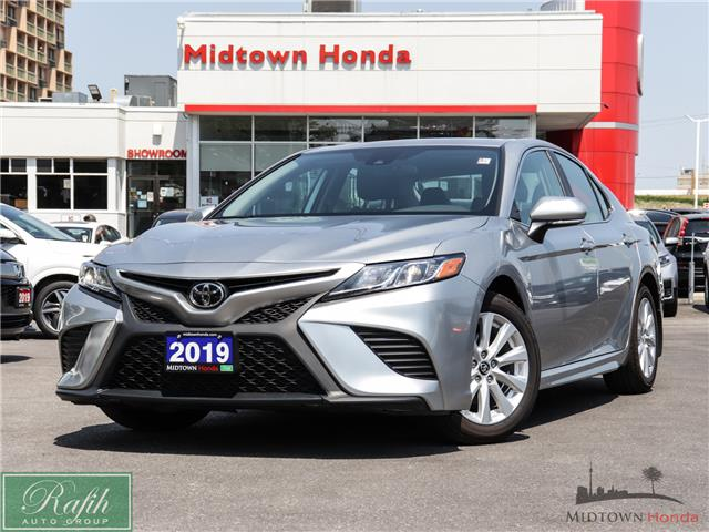 2019 Toyota Camry SE (Stk: P13771) in North York - Image 1 of 32