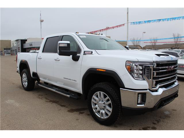 2020 GMC Sierra 3500HD SLT (Stk: 182160) in Medicine Hat - Image 1 of 18