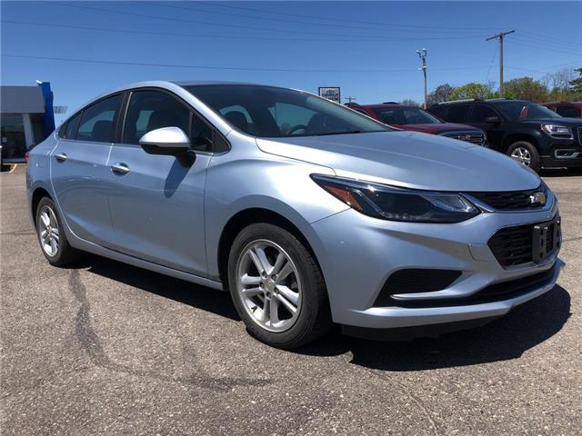 2017 Chevrolet Cruze LT Auto (Stk: 20C201B) in Tillsonburg - Image 1 of 28