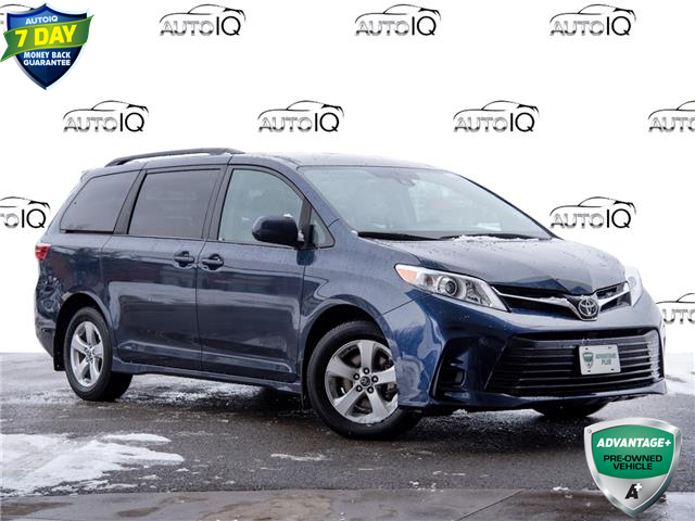 2020 Toyota Sienna LE 8-Passenger (Stk: 3935R) in Welland - Image 1 of 22