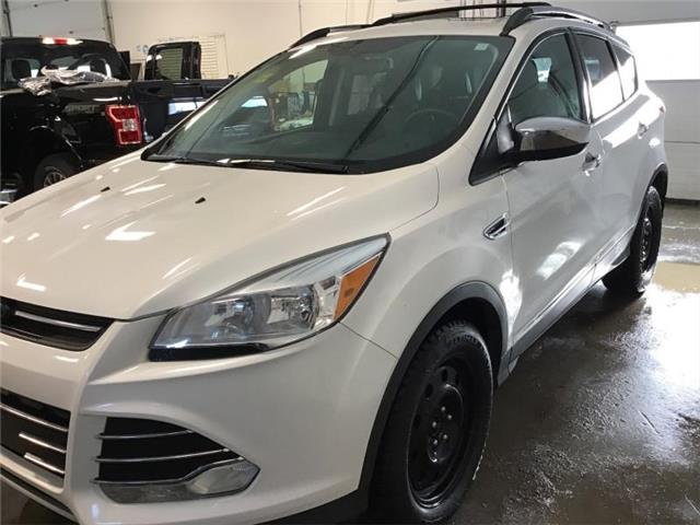 2015 Ford Escape SE (Stk: 94111) in Sault Ste. Marie - Image 1 of 30