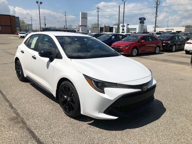 2020 Toyota Corolla Hatchback Base (Stk: 42254) in Chatham - Image 1 of 9