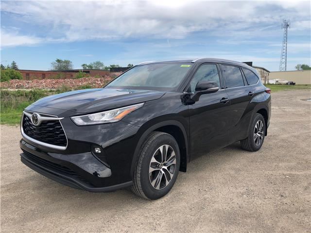 2020 Toyota Highlander XLE (Stk: 42267) in Chatham - Image 1 of 6