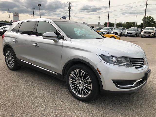2016 Lincoln MKX Reserve (Stk: CP10172) in Chatham - Image 1 of 12