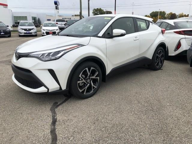 2021 Toyota C-HR XLE Premium (Stk: 43039) in Chatham - Image 1 of 2
