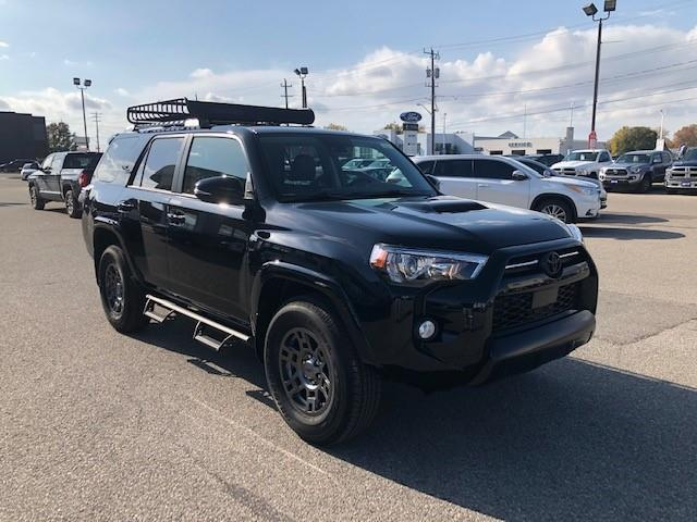 2020 Toyota 4Runner Base (Stk: 42434) in Chatham - Image 1 of 5