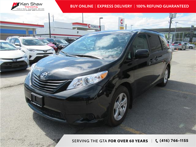 2017 Toyota Sienna 7 Passenger (Stk: 16909A) in Toronto - Image 1 of 18