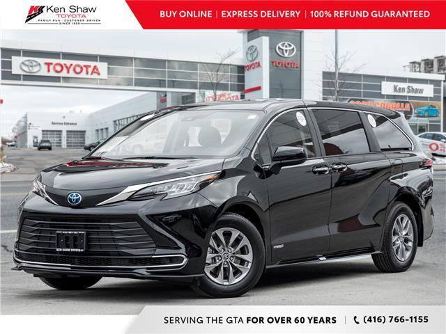 2021 Toyota Sienna XLE 8-Passenger (Stk: 80426) in Toronto - Image 1 of 25