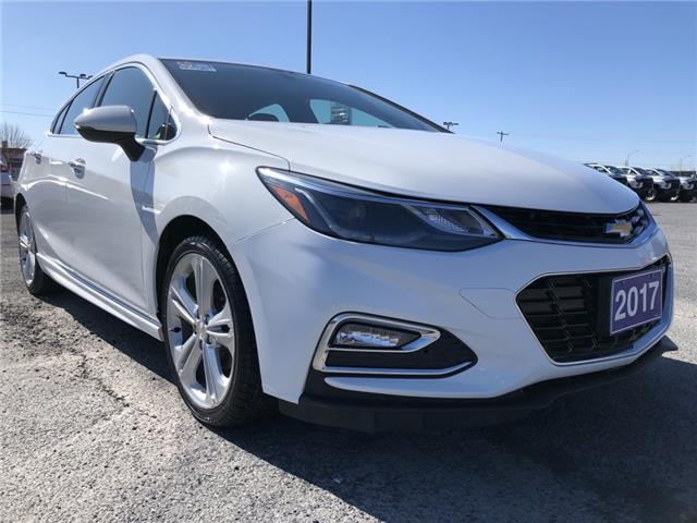 2017 Chevrolet Cruze Hatch Premier Auto (Stk: B2270) in Cornwall - Image 1 of 18