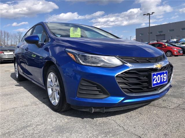 2019 Chevrolet Cruze LT (Stk: B2258) in Cornwall - Image 1 of 18