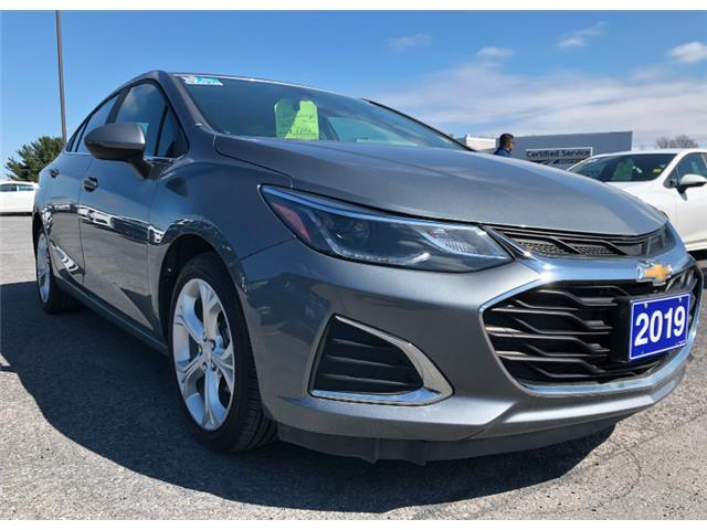 2019 Chevrolet Cruze Premier (Stk: B2235) in Cornwall - Image 1 of 17