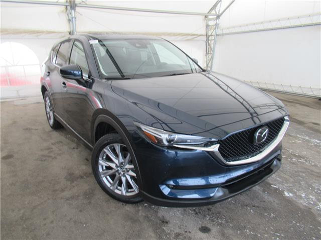 2019 Mazda CX-5 GT w/Turbo (Stk: B590037) in Calgary - Image 1 of 27