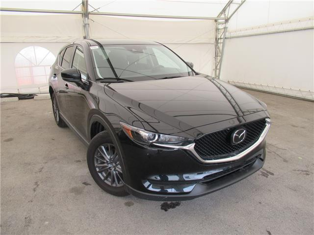 2019 Mazda CX-5 GS (Stk: B558611) in Calgary - Image 1 of 25