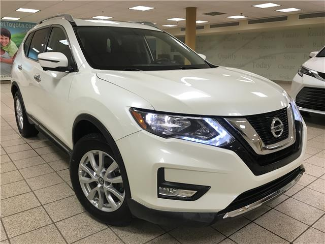 2017 Nissan Rogue SV (Stk: 210829A) in Calgary - Image 1 of 13