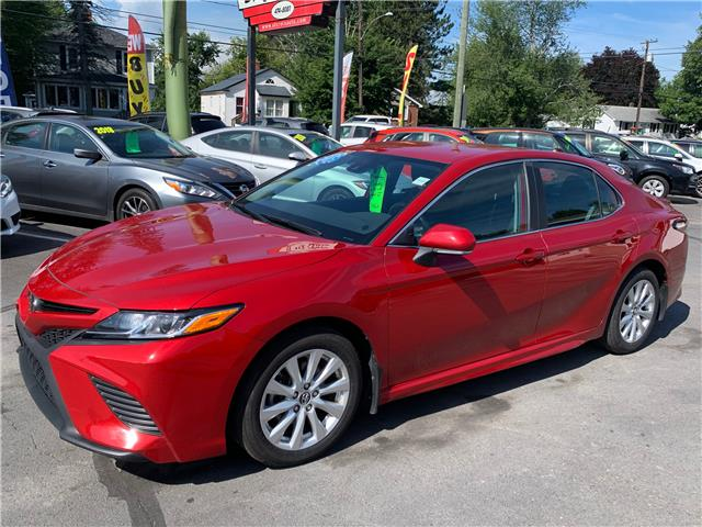 2019 Toyota Camry SE (Stk: S200260A) in Fredericton - Image 1 of 10