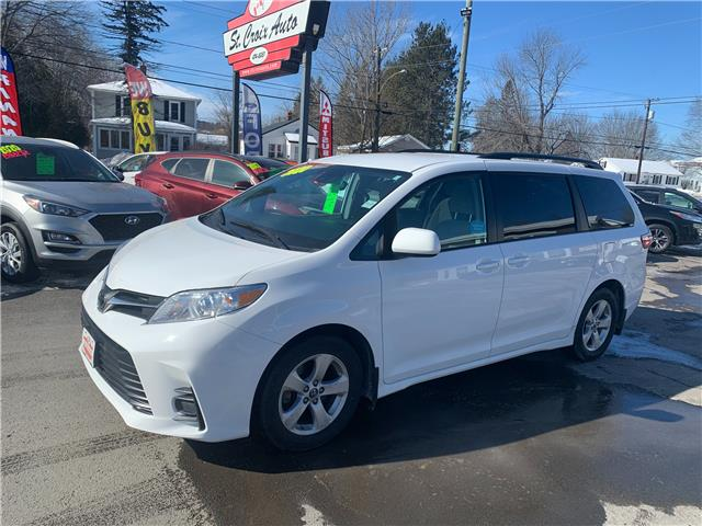2020 Toyota Sienna LE 8-Passenger (Stk: S210049A) in Fredericton - Image 1 of 9