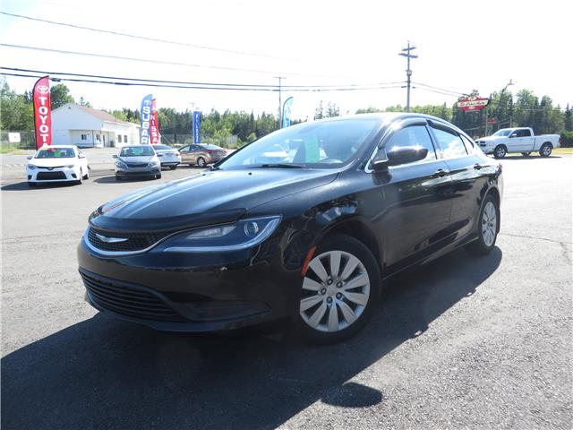 2015 Chrysler 200 LX (Stk: S200186A) in St. Stephen - Image 1 of 11