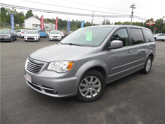 2014 Chrysler Town & Country Touring (Stk: S200189B) in St. Stephen - Image 1 of 15