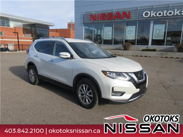 2019 Nissan Rogue SV (Stk: 10882) in Okotoks - Image 1 of 23