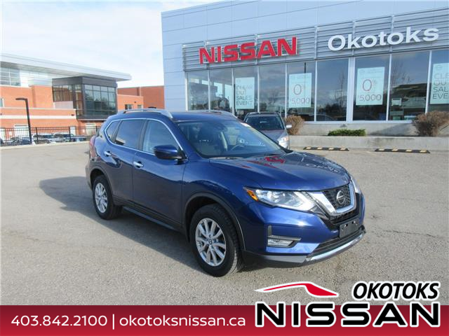 2019 Nissan Rogue SV (Stk: 10880) in Okotoks - Image 1 of 25